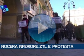 Nocera Inferiore. VIDEO. Ztl corteo e protesta dei commercianti