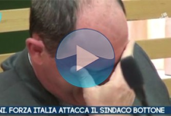 VIDEO – Pagani. Salerno. Forza Italia attacca il sindaco Bottone.