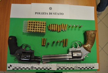 Angri. Armi in casa e in garage, arrestato