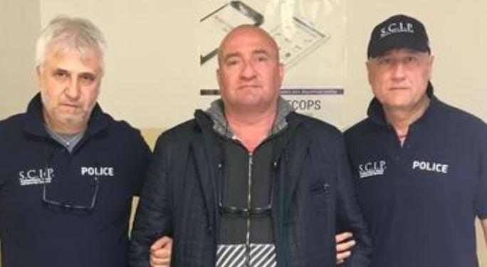 Ex Camorra di Cutolo, il latitante ritorna in Italia dopo l'arresto