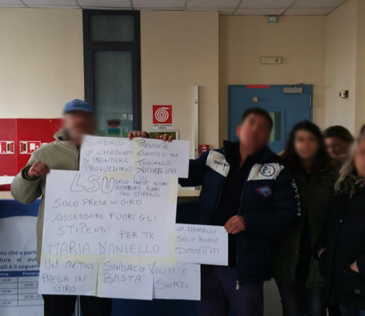 Angri protesta LSU. Contesata la D'Aniello
