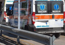 Scafati COVID hospital fila di ambulanze 2