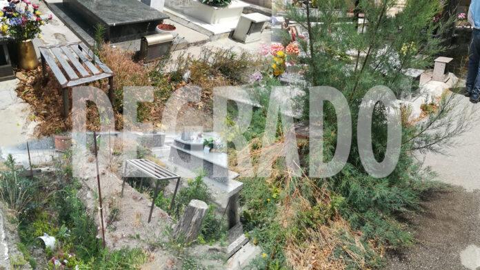 Angri, degrado al cimitero