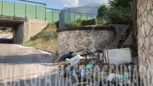 Angri rifiuti Via Cupamastrogennaro 6